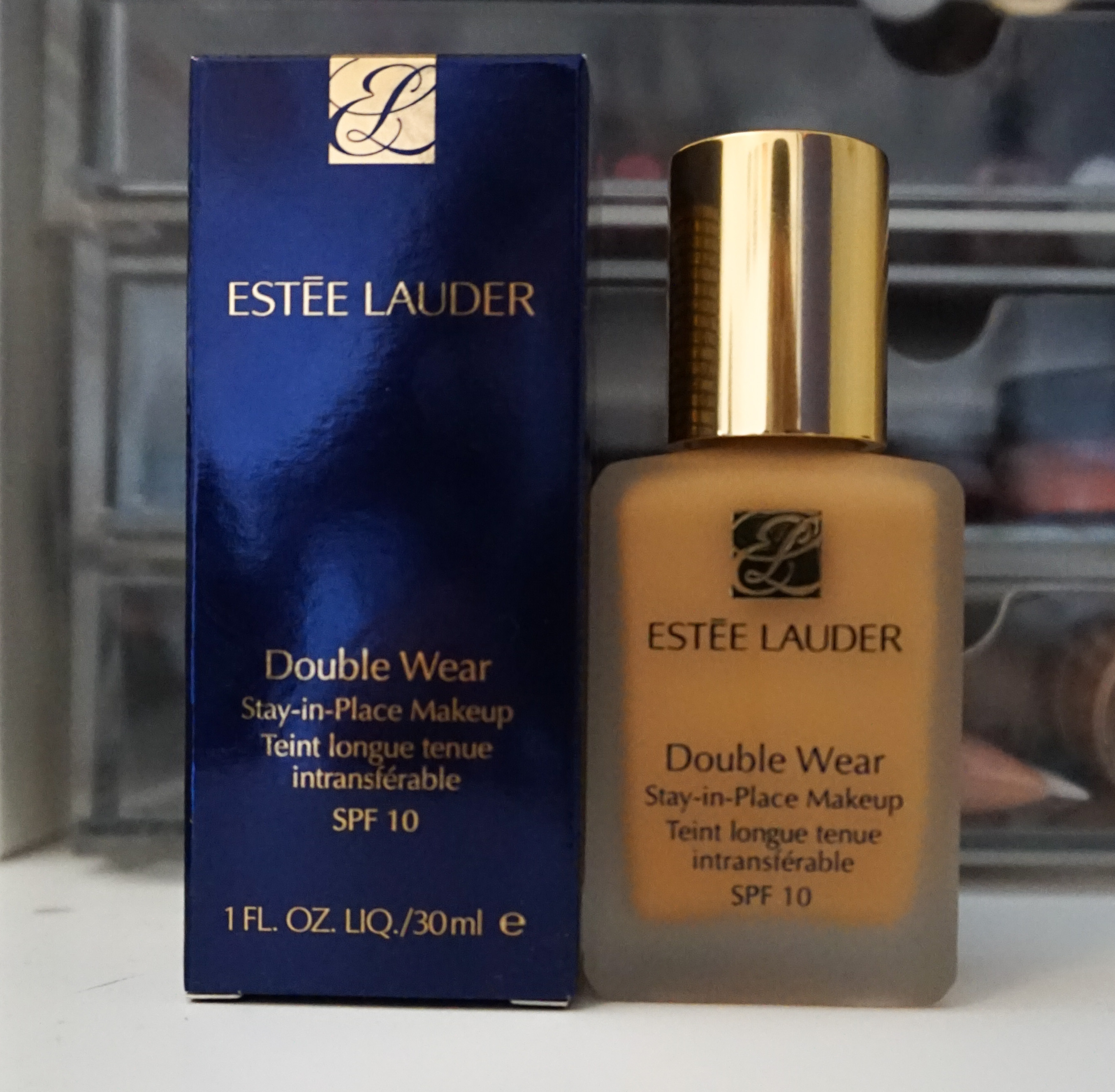 estee lauder double wear stay in place foundation spf 10. Black Bedroom Furniture Sets. Home Design Ideas